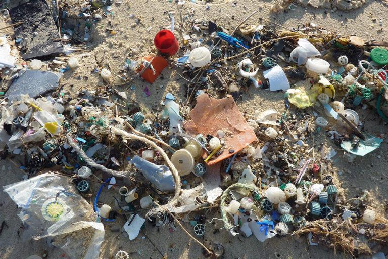 plastica negli oceani