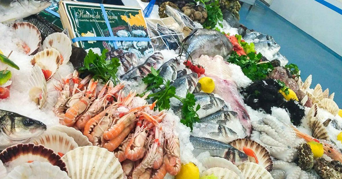 Mercatini di natale del pesce a vercelli
